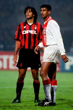 Frank Rijkaard & Ruud Gullit. Teammates at Milan and the Netherlands, now opponents.