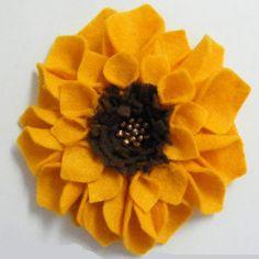 Felt Sunflowers | AllFreeHolidayCrafts.com