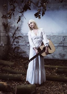 laura marling's 70's edwardian style