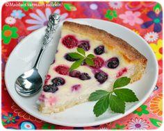Maistuis varmaan sullekin!: Rahka-marjapiirakka Pudding, Sweet, Desserts, Food, Candy, Tailgate Desserts, Deserts, Custard Pudding, Essen