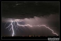 30+Spectacular+Lightning+Photographs+-+Designzzz