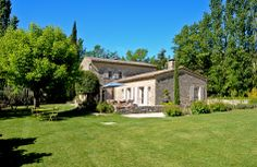 Goult, Provence Holiday Rental Villa With Pool - Bellvue | www.theluberon.com