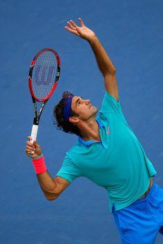 Roger Federer Photos - 2014 Shanghai Rolex Masters 1000 - Day 1 - Zimbio
