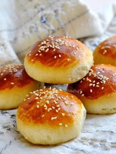 Staling savory soda – Bread Recipes Sandviç – The Most Practical and Easy Recipes Köstliche Desserts, Delicious Desserts, Yummy Food, Bread Recipes, Cooking Recipes, Soda Bread, Bread And Pastries, Turkish Recipes, Brunch