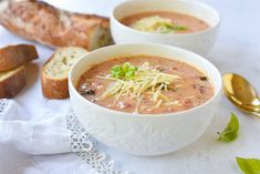 Crock Pot Tomato Basil Soup is thick, creamy, and delicious. The perfect dinner for a cold night and even better with warm crusty bread! Pressure Cooker Recipes, Slow Cooker, Crockpot Recipes, Soup Recipes, Cup Of Soup, Tomato Basil Soup, Hot Soup, World Recipes, Soups And Stews