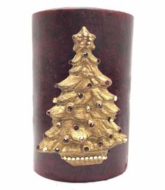 Sir Oliver's by Reilly-Chance Collection offers our Hand Poured, Triple Scented, Holiday Candle with a Christmas Tree covered in Swarovski Jewels!    Available in any of our candle colors. Our...
