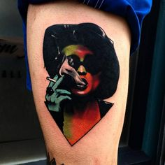 Marla Singer portrait tattoo on the left thigh.