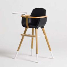 Wish they had highchairs that were this cool when my daughter was little.