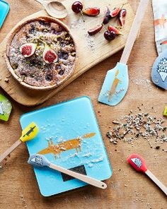 Colourful and bold, add some playfulness to your kitchen and get cooking with Scion Living. Featuring the lovable Mr Fox and Spike the Hedgehog, our Scion range features electronic scale, silicone spatula and much more.