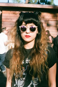 The coolest beauty looks from Burgerama music festival | NYLON