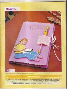 Cadernos em   EVA com moldes