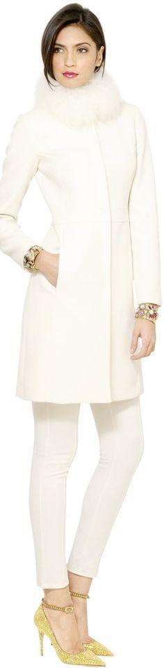 Fur Trimmed White Coat • Blugirl • WHITE • нαυтє • CHIC • ❤️ вαвz ✿ιиѕριяαтισи❀ #abbigliamento
