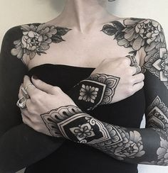 Full Body Tattoo, Body Art Tattoos, Girl Tattoos, Sleeve Tattoos, Tattoos For Women, Tattoos For Guys, Sternum Tattoos, Piercing Tattoo, Piercings