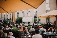 Fancy Drinks, Urban City, Lounge Areas, Garden, Living Rooms, Garten, Lawn And Garden, Gardens, Gardening