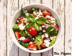 Sałatka z kaszą jaglaną Cobb Salad, Salsa, Mexican, Ethnic Recipes, Food, Essen, Salsa Music, Meals, Yemek