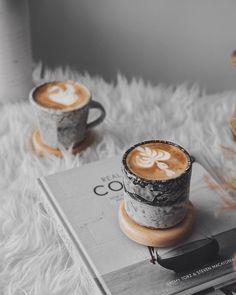 The Rancilio Silvia Espresso Machine Makes Coffee Time At Home Wonderful Coffee And Books, I Love Coffee, Coffee Break, Morning Coffee, Coffee Latte Art, Iced Coffee, Coffee Drinks, Coffee Cups, Coffee 21
