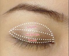 Super easy eye look. This will be useful for when I'm running late for school.