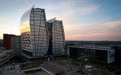 15 Alice Lane Towers / Paragon Architects
