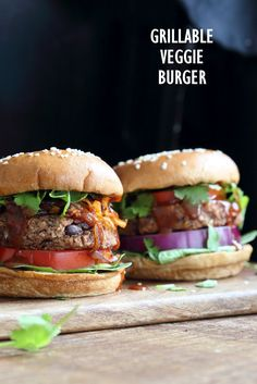 Grillable Veggie Burger. Easy Black Bean Burger with Veggies and spices. Pan fry, Bake or Grill. Vegan Burger Recipe. Gluten-free option Nut-free. Soy-free option