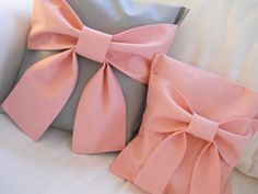 Pink and Gray Bow Pillows | A Homemade Living