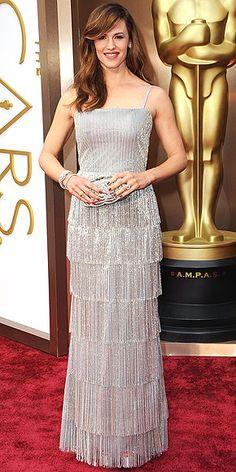 Oscar de la Renta's Most Showstopping Red Carpet Moments | JENNIFER GARNER | At the 2014 Academy Awards