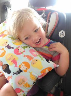 Seat belt travel pillow
