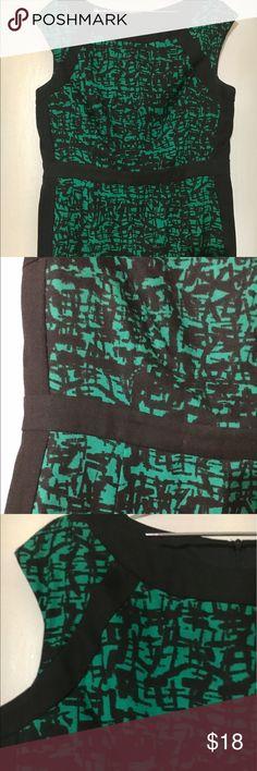 Nice dress 👗 worn once Green & black dress 👗 Dresses