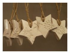 5 snowflake Christmas ornaments white and pearl by LaNiqueHOME