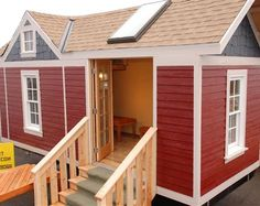 Tiny Smart House, Llc - Tiny House Living, Sustainable Construction, Green ConstructionSMARTEST DESIGN SEEN TO DATE