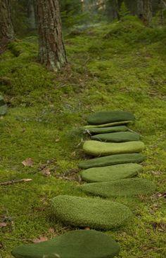Moss mats / http://www.urnaturdesign.se
