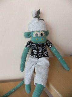 Sockenaffe / Monkey made from socks Upcycling