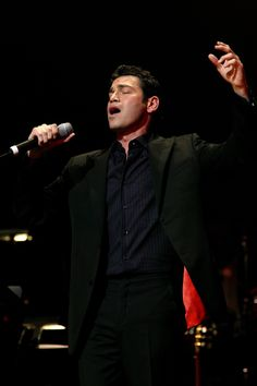 Watch Mario Frangoulis Live in Concert