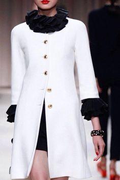 Abrigo en lana blanco