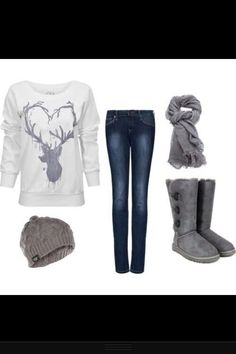 Winter outfit for a snow day. UGG boots. Cream sweater. Gray accessories. #ugg #boots