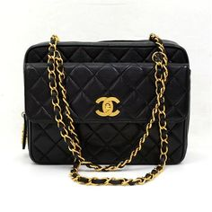 9b5c00205693 Authentic Chanel bag in black quilted leather. It has 1 flap pocket with CC  twist