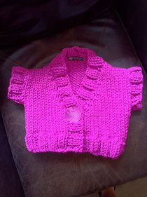 Free knitting pattern: Girls Chunky Shrug