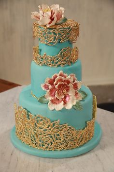 Elegant gold & blue Cake