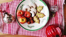 Das Rezept | Vanillekipferl mit Macadamianüssen Dessert, Christmas Cookies, Potato Salad, Apple, Fruit, Eat, Ethnic Recipes, Food, Oven