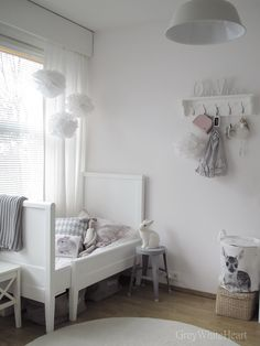 white grey room