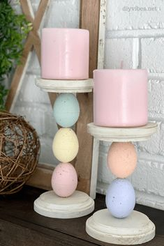 Made with plastic Easter eggs, these festive Easter egg candle holders are a fun way to add to your decor. Made with plastic Easter eggs, these festive Easter egg candle holders are a fun way to add to your decor. Easter Projects, Easter Crafts, Holiday Crafts, Easter Dyi, Spring Crafts, Fun Easter Ideas, Spring Projects, Bunny Crafts, Diy Craft Projects