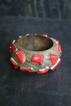 Coral-studded wood bangle bracelet