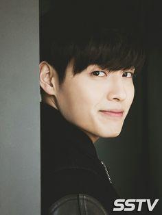 Asian Actors, Korean Actors, Scarlet Heart Ryeo, Kang Haneul, Disney Princess Drawings, Netflix, Drama Korea, Korean Artist, Kpop Aesthetic