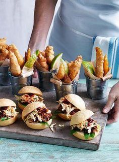 Mini Foods for Weddings: A Mini Guide to Serving Miniature Food When it comes to mini wedding food, presentation is key. Check out these mini… Catering Food, Wedding Catering, Food Menu, Catering Ideas, Catering Companies, Catering Display, Canapes Catering, Tapas Food, Finger Food Catering