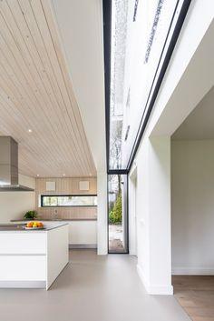 Interior Design For Living Room Home Interior Design, Interior Architecture, Roman Architecture, Skylight Design, House Extensions, Roof Design, Modern House Design, New Homes, House Ideas