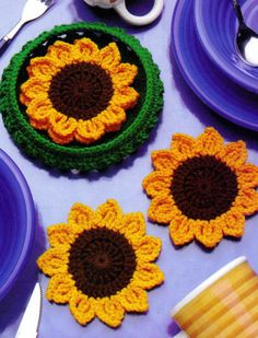 CUTE Basket of Sunflowers Coasters/Decor/Crochet Pattern Instructions Crochet Coaster Pattern, Crochet Flower Patterns, Crochet Motif, Crochet Doilies, Crochet Flowers, Knit Crochet, Crochet Fall Coasters, Sewing Patterns, Crochet Kitchen