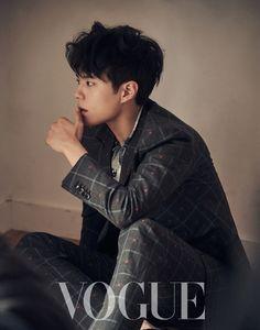 박보검 < Vogue Taiwan 2018년 2월 > [ 출처 https://www.vogue.com.tw/feature/peoplestory/content-38366.html ]