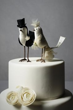 Adorable alternative to the traditional cake toppers.