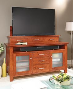 Flat-Screen TV Lift Cabinet | Woodsmith Plans