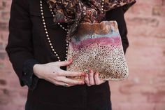 model_ teardrop. clutch. bag. woolen accessorize. от LoveMeWoolMe