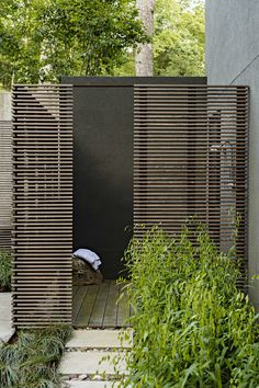 Turkey Saddle / Grounded - Landscape architecture & design // outdoor_shower_ipe_screen